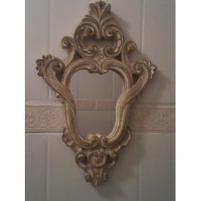 Espelho Com Moldura Em Gesso -grande