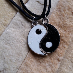 Colar Gargantilha Yin Yiang Bem E Mal Preto E Branco