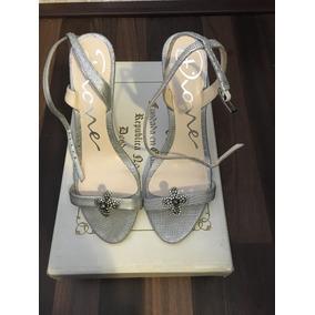 Hermosas Sandalias Marca Dione Color Plata. 100% Originales!