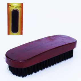 Escova Em Madeira Para Lustrar Sapatos E Outros Artigos