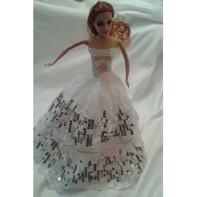 b0b148bab25 Kit De Roupinhas Sapatos Para Barbie E Vestidos - Brinquedos e ...