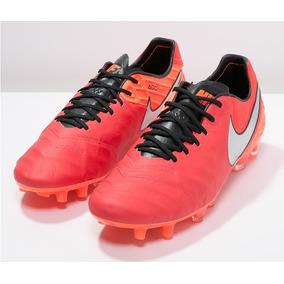 Chuteira Nike Profissional Couro - Chuteiras Nike de Campo no ... 24886fa520a30