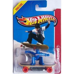 Skate Punk Azul Hot Wheels Racing 2013 119/250 1:64