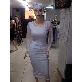 e0d38c09f6f0 Ropa De Iyawo Gordas Mujeres - Faldas en Mercado Libre Venezuela