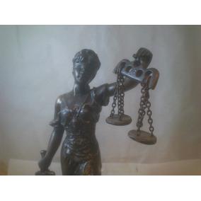 Justicia Figura Petit Bronce Firmada