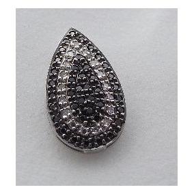 Pingente Ouro Branco 18k 750 Com Diamantes Negros E Brancos