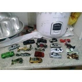 Lote Com 25 Miniaturas Hot Wheels Raridades Super Baratas