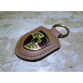 Chaveiro Porsche Morron Couro E Metal T. Aprox. 8,1cm/4,2cm