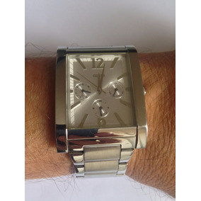 7071583090d2f Relógio Guess Quadrado Em Aço