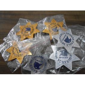 02 Insígnia Estrela - 1 Dourado E 1 Prata Aluminio Estampado