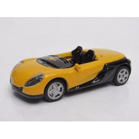 Carro Renault Brinquedo Estrela - Brinquedos e Hobbies no Mercado ... 1744d51c40cc6