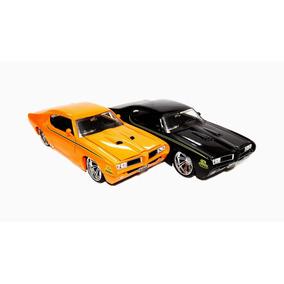 Miniatura Pontiac Gto 1969 Rebaixado Preta 1:24 Jada