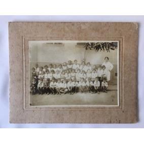 Foto Cabinet P&b - Alunos De Escola