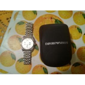 Reloj Armani Plateado Con Decores Dorados