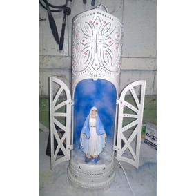 Capela Luminária Com Porta Abre E Fecha