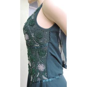 Vestido verde bordado com pedraria