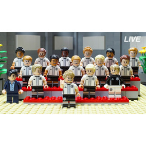 Bonecos De Futebol Seleçã Brasileira Lego - Lego e Blocos de Montar ... 0a994fca8522f