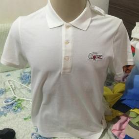 44ca6b21d8 Camisa Pólo Branca Lacoste Tamanho Médio Equivale Ao 3 - Pólos Manga ...