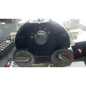 Comando Do Ar Com Botões Nissan Marchi Ano 2012