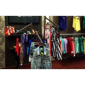 Rack O Exhibidor De Ropa Color Bronce Boutique Colgador
