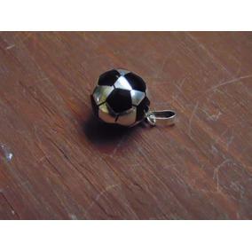 Dije Balón Futbol Chico. Plata 925.