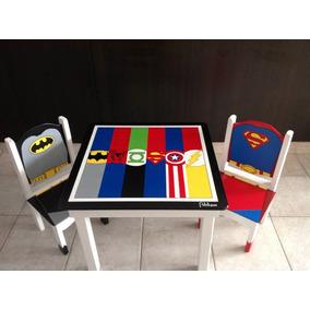 Mesa Y Sillas Infantil Superheroes +1 Muneco De Regalo