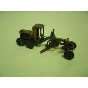 Miniatura Antiga Motoniveladora Huber - Warco - Juê Brasil