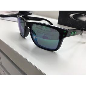 06e1b840174b3 Oculos De Longe 4.0 - Óculos De Sol Oakley Com lente polarizada no ...