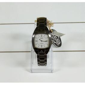 Relógio Magnum Em Aço Escurecido Feminino Ma28289b