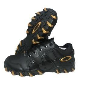 Tenis De Dourado Masculino - Oakley Casuais para Masculino Preto no ... 999b3e92e8c3d