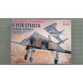 Maqueta F-117 Academy Escala 1/72