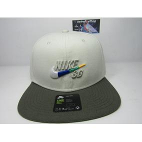 Subasta Gorra Nike Color Vino - Gorras Hombre en Mercado Libre México 6311d2ea270