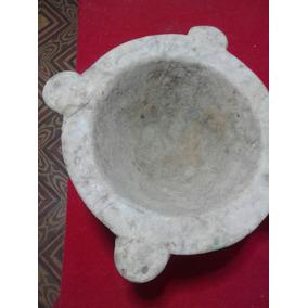 Mortero De Piedra Antiguo. Sano.