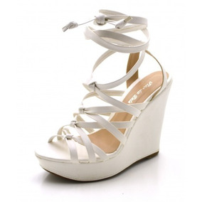 0911533ea Sandalia Crysalis Gladiadora Napa Branca Feminino - Sapatos no ...