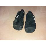 Sandalias Nike. Talla 23