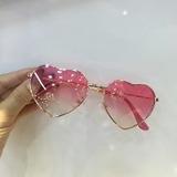 Óculos De Sol Infantil Juvenil Menina Coração Proteção Uv c0adb400b0