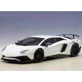 Lamborghini Aventador Lp750-4 Sv 2015 1:18 Autoart - 74555