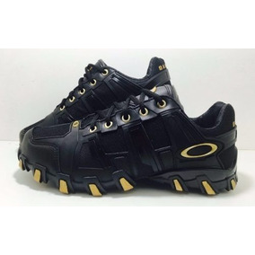 Oakley Menina 39 Tamanho 39 - Tênis 39 no Mercado Livre Brasil 842a2598128