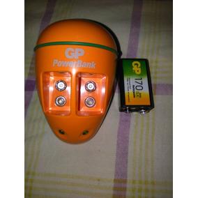 Cargador De Baterias 9v Marca Gp Con Una Bateria.