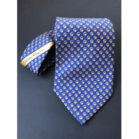 d82edeeec5c44 Gravata Salvatore Ferragamo - Azul Com Detalhes Em Amarelo