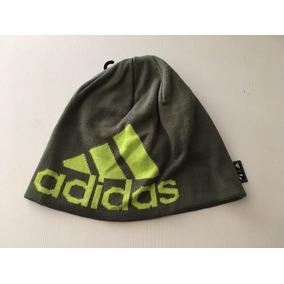 Gorro De Lana Adidas - Ropa y Accesorios en Mercado Libre Argentina d422397068a