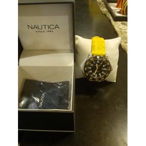 Reloj Nautica Color Amarillo Poco Uso En Caja Original