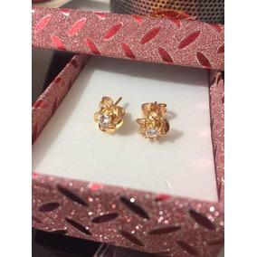 Aretes Chapados En Oro 22k Con Piedra Zirconia