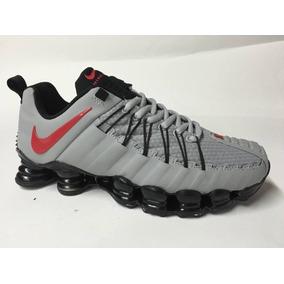 Nike 12 Molas Masculino Shox - Tênis no Mercado Livre Brasil 4e0f844fe1a0a