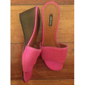 Sandália Arezzo De Pêlo Pink Tipo Tamanco Usada Uma Vez