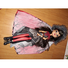 Boneca Ever After High - Cerise Hood
