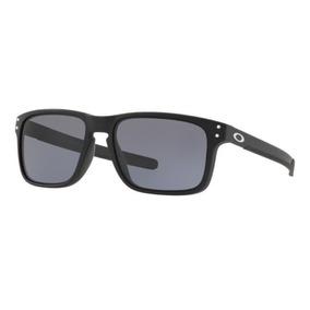 Oculos De Sol Feminino Zinco Armacoes Oakley - Óculos no Mercado ... 5e5b2ee597