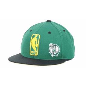Gorra Mitchell   Ness De Los Boston Celtics Nba Logo Man 9d39b6f3a0e