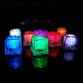 50 Cubos De Hielos Luminosos Luz Led Sumergible Antro Fiesta