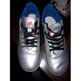 Botines Adidas Papi Fútbol para Infantil Plateado en Mercado Libre ... 2142014b82ab5